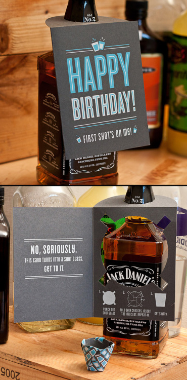 Tarjeta para cumpleañeros alcohólicos. laughingsquid: Shot Glass Card, A Paper Greeting Card That Folds Into a Shot Glass
