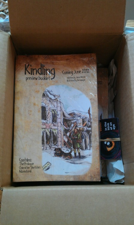 Pls RT! 100 glorious copies of the #Kindling preview book just arrived! Available at #TCAF table 236, for FREE COMIC BOOK DAY! Please come by and get a copy! You can find some interior images here, or read the prologue online at the Kindling website if you can't make it out! <3 <3