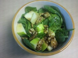 Lunch! Spinach salad w green apple, walnuts and raspberry vinaigrette
