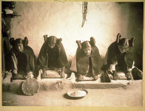 Hopi Girls Grinding Peke Bread Meal (1906)Edward S. Curtis