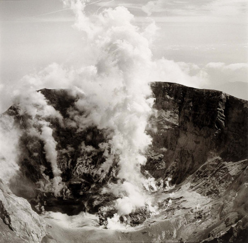 Emmet Gowin, Crater and Magma, Mount St. Helens, Washington, 1980 (via mpdrolet)
