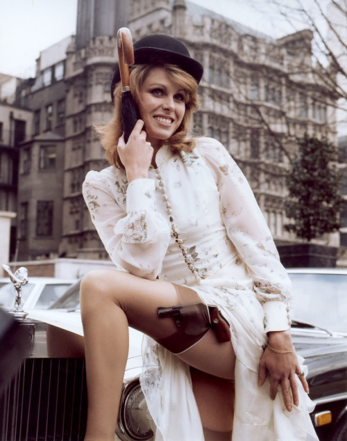bitterquill:  Joanna Lumley aka Purdey in The New Avengers   Purdey I am glad I'm not the only one Tumbling about The New Avengers. All this Avengers hype is making me nostalgic.