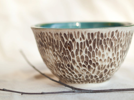 (via Oasis A rustic textured porcelain bowl with by peifferStudios)
