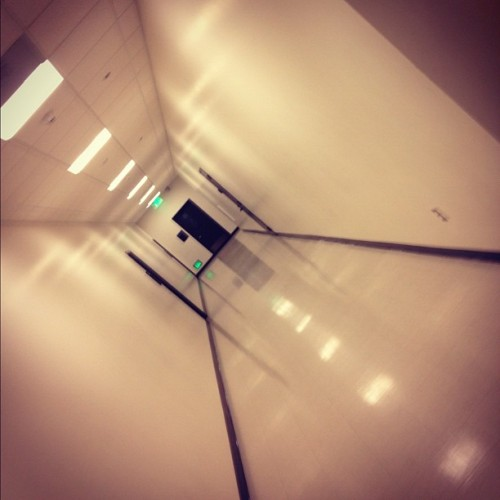 The Hall. #iphonesia #instagram #instamood #instagood #iphone4s #iphone4 #iphone #education #hall #corridor #school #lights  (Taken with instagram)