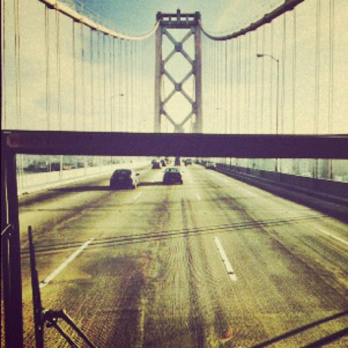 prspkt:  #Bay #Bridge #is #trafficless #today. (Taken with instagram)