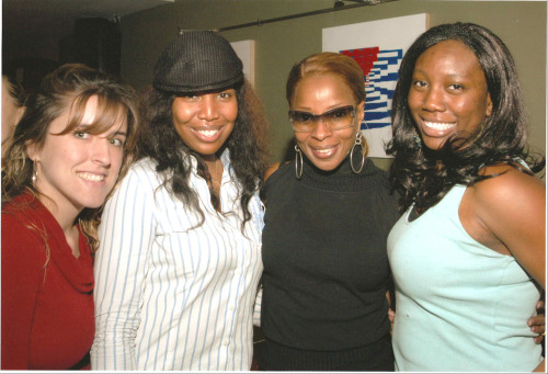 GPOYW: w/Mary J Blige.  Since you guys don't like my business posts (WHAT!) or my personal rants about Cuba, I'll keep the GPOYS coming.  Rule number 1: know your audience.