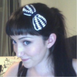 My crocheted bow (: Who wants to see my latest pokemon crochet?!  <3