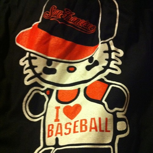 yourfavoriteperuvian:  I love #cute #tshirts - #baseball #giants #sanfrancisco #hellokitty (Taken with instagram)