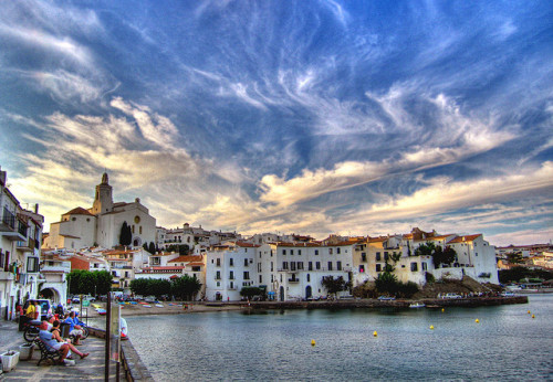 gowiththesoul:  Cadaqués by MorBCN on Flickr.