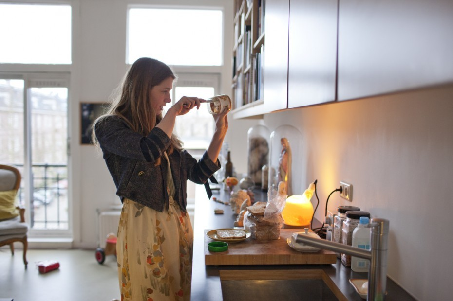 ZEIT Online x FvF Interview in Amsterdam: Amie Dicke Dutch artist Amie Dicke is done with cutting and altering fashion magazines, the works for which she is best known. Although cuttings and nail-pierced magazines can still be found in abundance at her studio, they now share her cluttered studio with wrapped furniture, objects covered in foundation, water tanks filled with colour prints, and a fur coat stashed in glass closet. The contrast with her apartment can hardly be greater. Tidy versus chaotic; the two spaces almost look like a metaphor for Amie's current work, in which she explores the interaction between physical space, objects, their history, and people. Thank you Thijs van Velzen (text) and Jordi Huisman (photography) for this great portrait! Read the whole conversation and see all pictures here! As this portrait is part of our collaboration with ZEIT Online, make sure you have a look at their site to discover a special curation of our pictures. (via Amie Dicke — Freunde von Freunden)