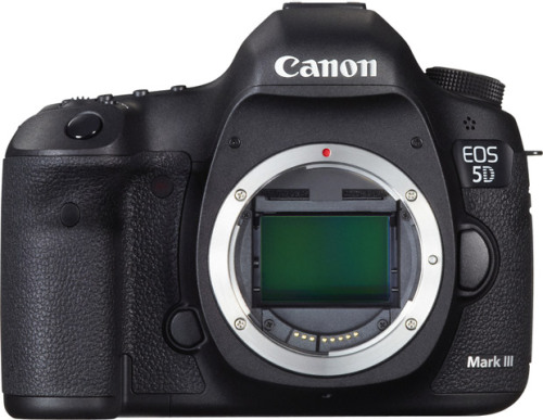 - le boitier canon 5D mark III - la batterie canon lp6 - la carte compact flash extreme 16go - Le chargeur canon Contact: locationmark3@gmail.com