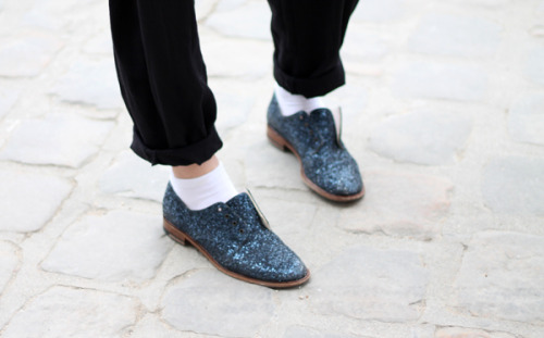 Glitter lace-less brogues