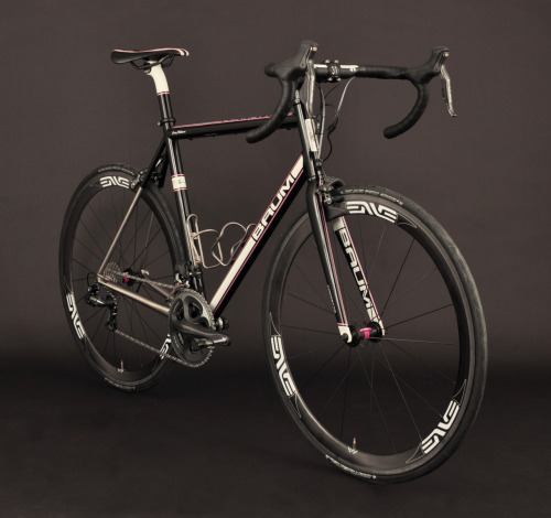 pedalfar:  GT, Metallic Black, Off Pearl White, Corretto (via Baum Cycles)
