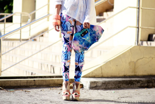 pleatsandprints:  Photo courtesy of: Breakmystyle.com