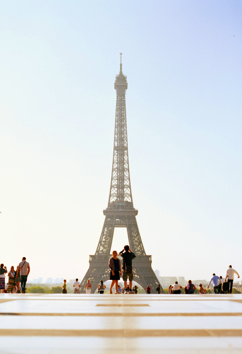 ocata:  ugh i know i reblogged the eiffel tower yesterday but i just can't help myself