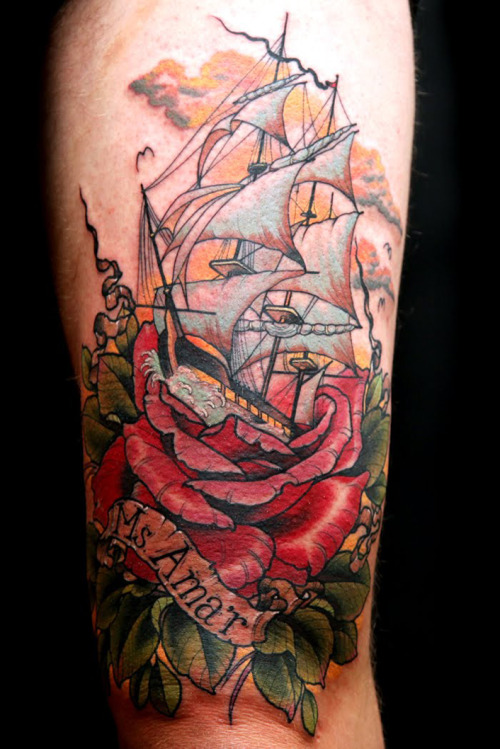 mallorylucille:  thievinggenius:  Tattoo done by Uncle Allen.  oh my   This is awesome I want something like this!
