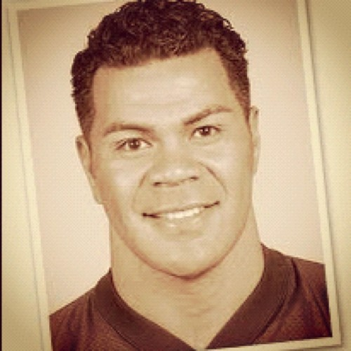 The reason I begged for jersey #55.. Rest in Love, Jr Seau. #RIP #JrSeau #Polynesian #Samoan #Football (Taken with instagram)