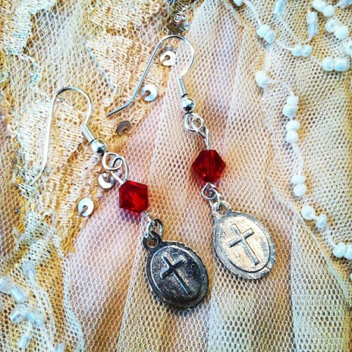 Nun earrings - reversed Delicate Nun earrings, French hook, ruby red Swarovski austrian cut crystal #etsy #nun #religious #earrings (Taken with instagram)