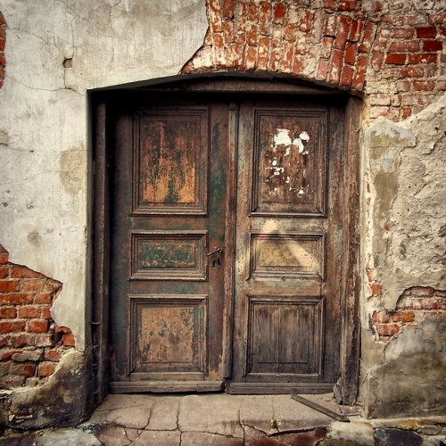 Secret Door. By Kasys