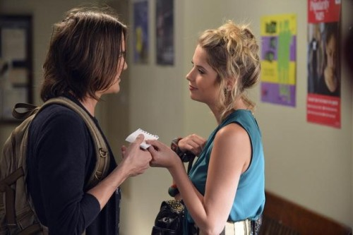 "Hanna and Caleb - Pretty Little Liars 3x01 ""It Happened That Night"""