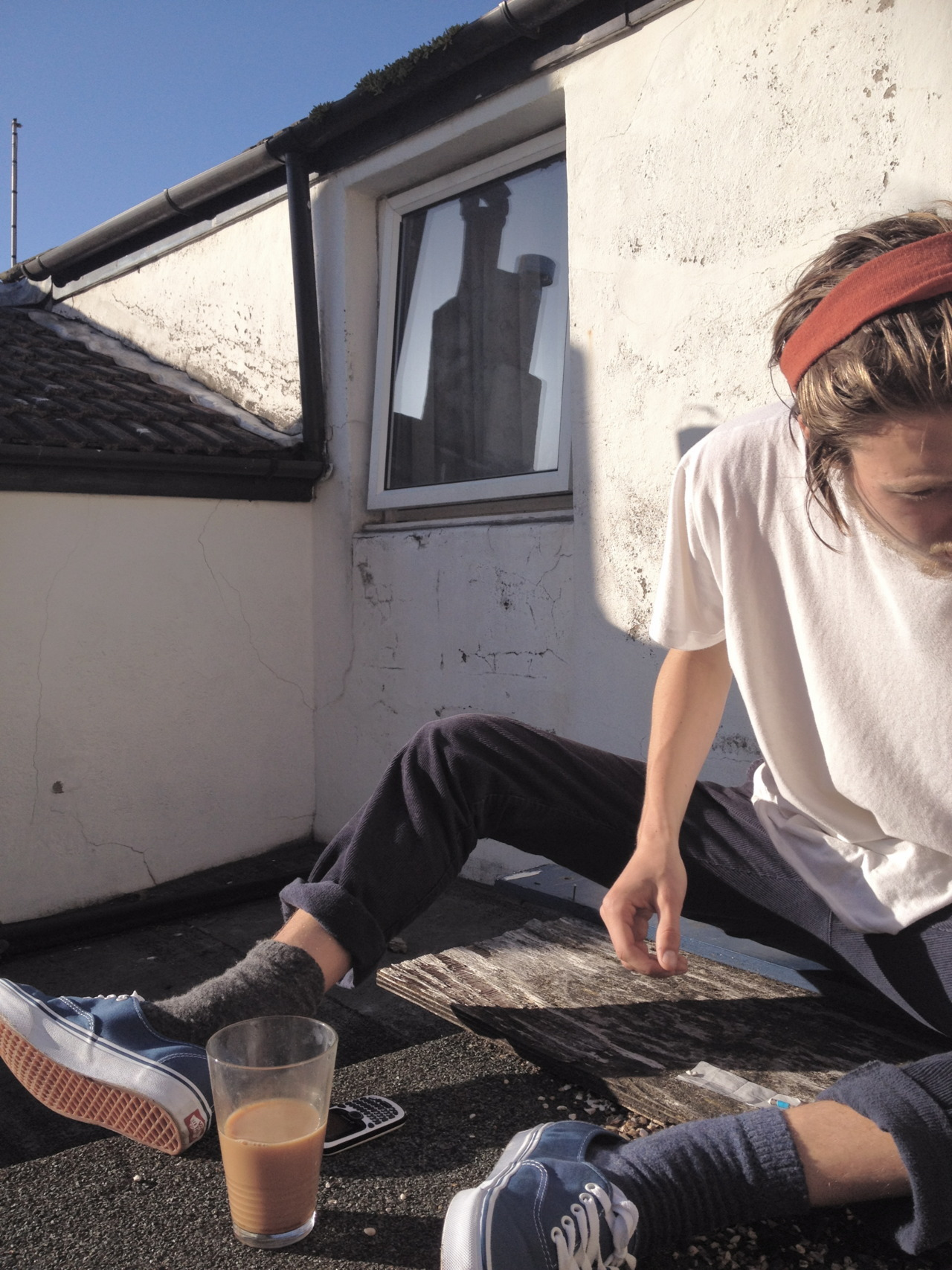stoneless:  tobiasknights:  New roof terrace.  whatta cutie.