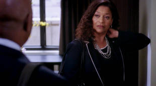 "Click to watch a crazy sneak peek from this Thursday's Grey's Anatomy Season 8, Episode 22: ""Let the Bad Times Roll."""