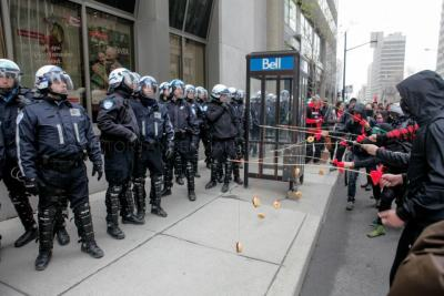 romulanwhore:  sasscrackers:  platosatlantis:  Montreal student protesters baiting riot police with donuts.  aaaaand heres canada  #raise your hand if you love canada #everyone should be raising their hand