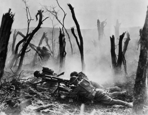 U.S. soldiers of 2nd Division engaged in the Forest of Argonne, 1918. National Archives