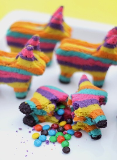 laughingsquid:  Cinco de Mayo Candy-Filled Piñata Cookies