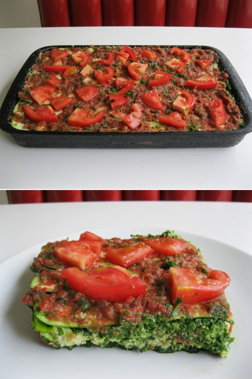 raw-vegan:  EPIC Raw Deep Dish Lasagna / Click here for the recipe!