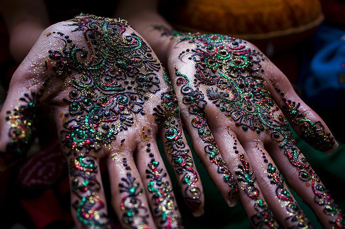 Check out these amazing henna tattoos!