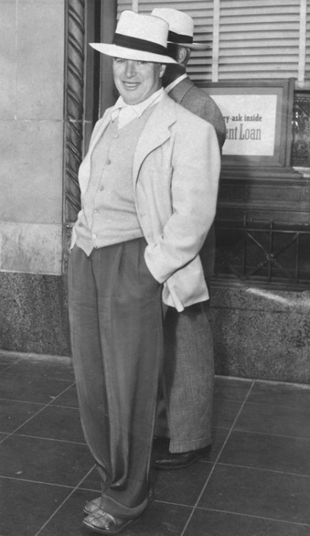 Charlie Chaplin leaving attorney's office in Hollywood on June 2, 1945