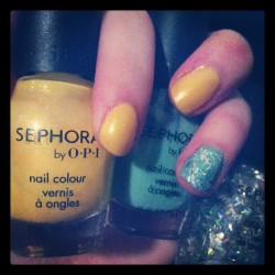 #Yellow with #mint #glitter accent #nails #sephora #opi (Taken with instagram)