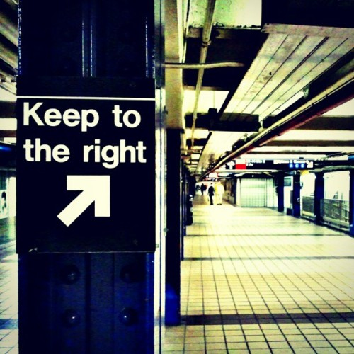 Keep To The Right #timessquare #newyorkcity #newyork #city #train #mta #downtown #publictransportation  (Taken with instagram)