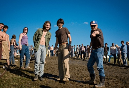 Emile Hirsch, Demetri Martin and Ang Lee on-set of Taking Woodstock (2009)