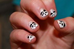 i did my sisters friends nails - wee panda faces