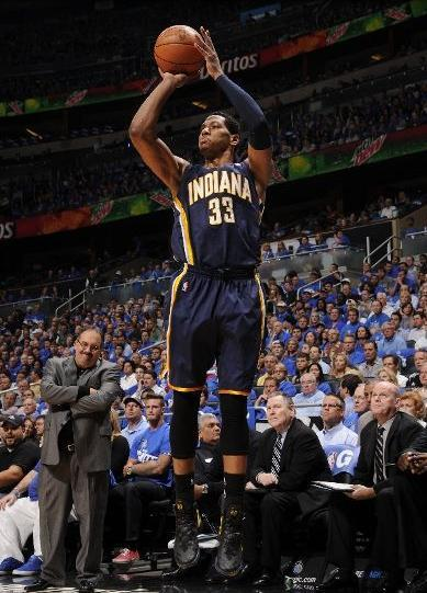Rnd 1, Game 3: IND 97@ ORL 74 Danny Granger's 28 pts helped Indiana to overcame Orlando in a crucial game three. kcrossover