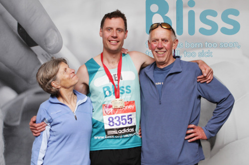 post London Marathon photograph with the parents at the @blisscharity reception.
