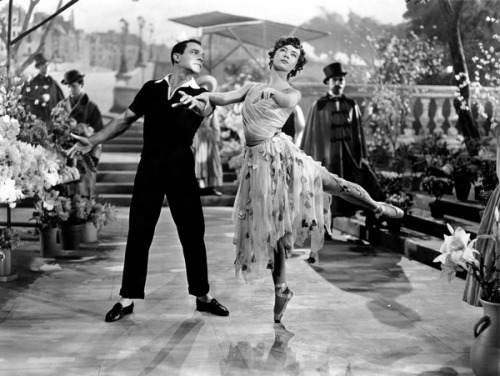 Gene Kelly and Leslie Caron in 'An American in Paris', 1951.