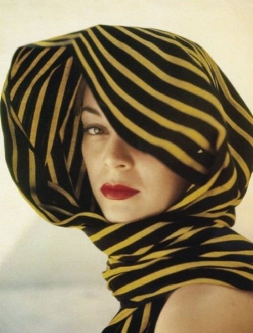 theniftyfifties:  Jean Patchett in a striped headscarf, photographed by Clifford Coffin, 1951.