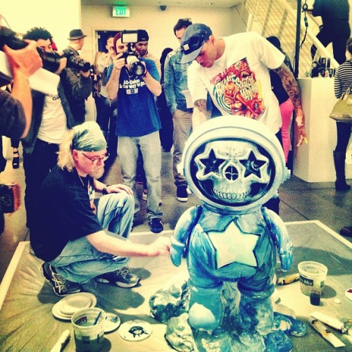 wespreadtheworld:  Ron English and Chris Brown live painting at Corey Helford - by Seb_cr