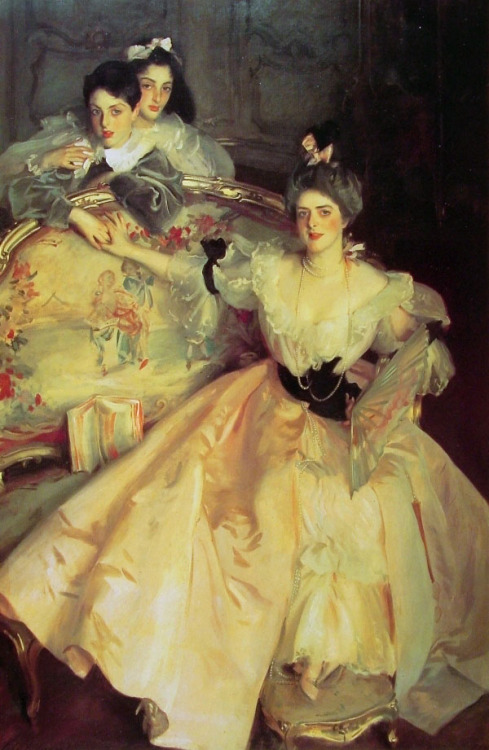 Here is a splendid John Singer Sargent painting called 'Mrs carl Meyer and her children' I saw it at Tate Britain a couple of days ago and was once again trapped by Sargents grasp of light.