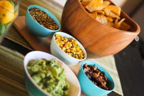 A Cinco De Mayo Guacamole Bar!