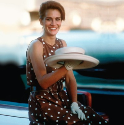 peau-rose:  guestofaguest:  During the lovemaking scene, Julia Roberts got so nervous a visible vein popped out of her forehead. Director Garry Marshall had to get into bed with Julia and Richard Gere. Marshall and Gere massaged her forehead until the vein disappeared. Julia also broke into hives and was given calamine lotion until they were finally able to shoot the scene. Julia was only 21-years-old when she played prostitute Viv.  Perhaps that is why.  she was only 21?! dear god better start sorting my life out.