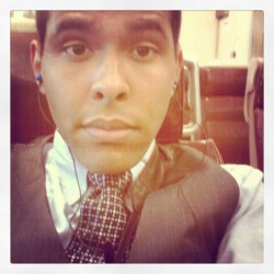 On my way to dia:beacon with my class #snazzy #tie #rooftop #gpoy (Taken with instagram)