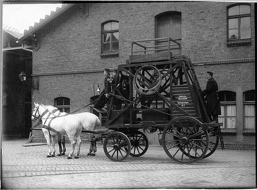 Tower car in Frankfurt am Main Germany, 1903.