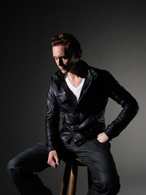 Tom Hiddleston #09