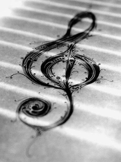 spycnsweet:  soothing symmetry ~ my souls sings to the music ~ of your loving heart ©spycnsweet (Photo by Matt Pomfret)