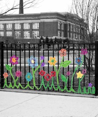 (via serendipity: Yarn Bombing: Rogers Park Is Blooming) You can read all the community yarn bombing I'm doing with Lindsay Obermeyer!
