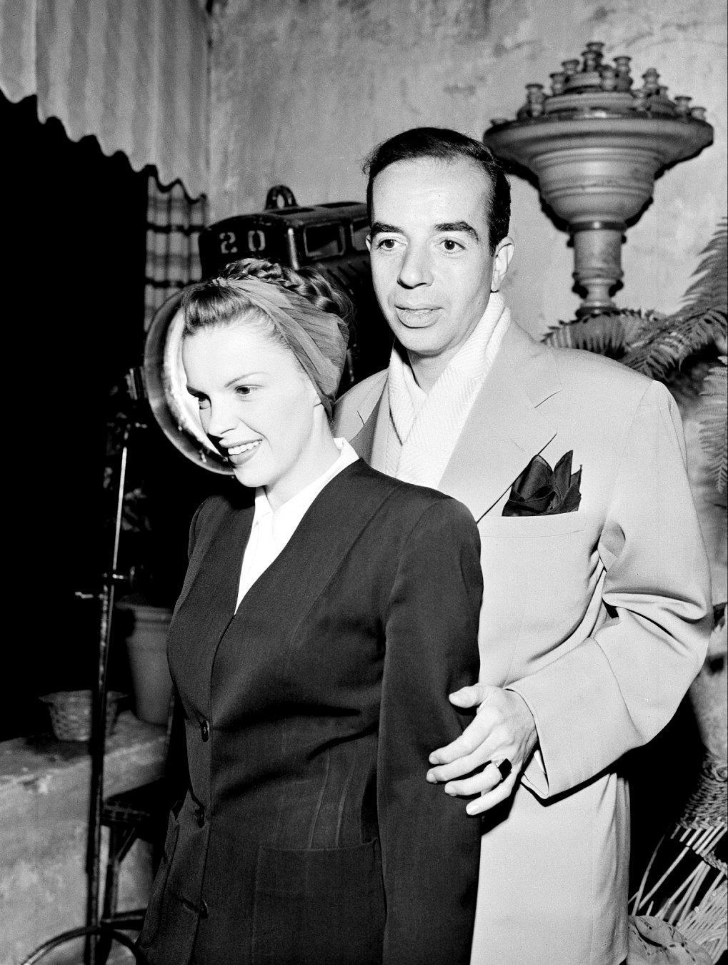 judyforever:  With husband Vincente Minnelli.